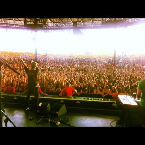 Ballyhoo! rocking the main stage at Warped Tour last year. Photo Courtesy of Ballyhoo!